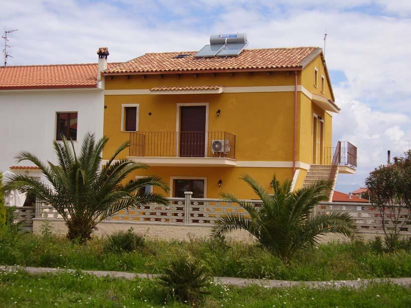 Galleria la casa gialla for Design e rimodellamento della casa sud occidentale